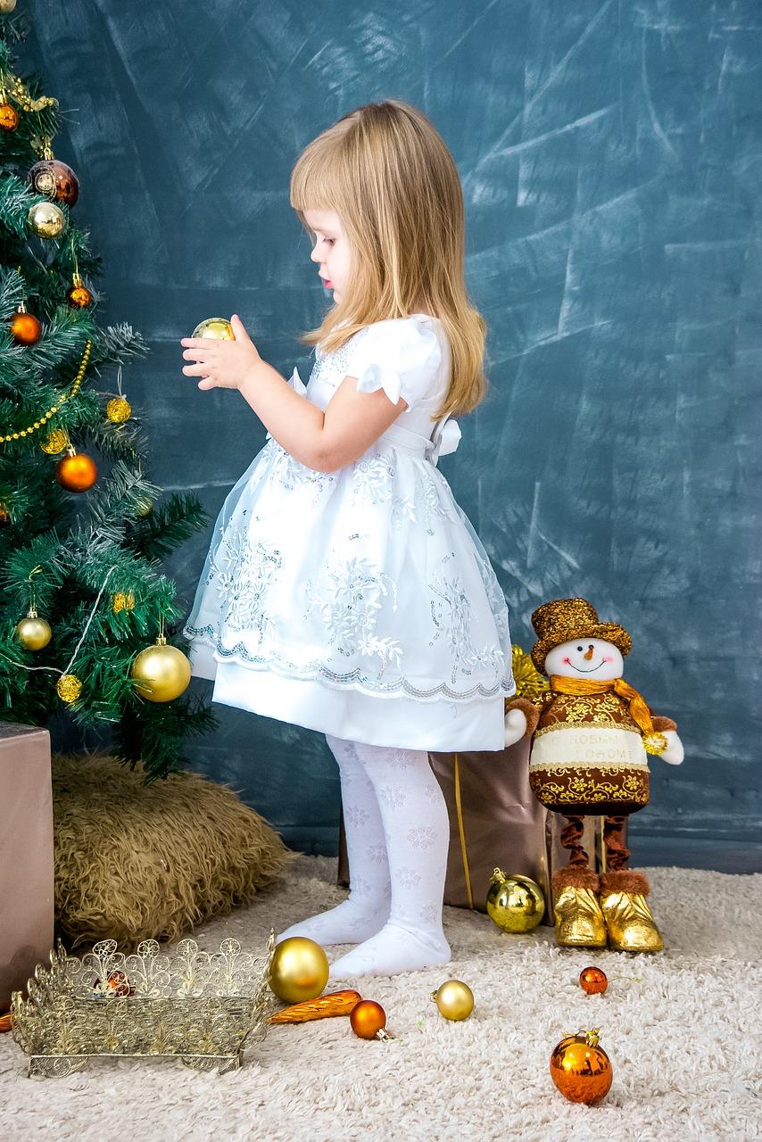 Красивые открытки на Новый год с детьми