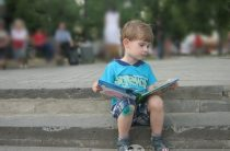 Скорочтение для детей — насколько это реально?