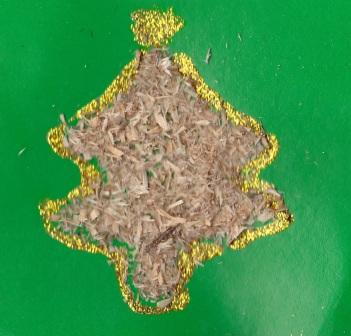 елочка своими руками фото из природного  материала