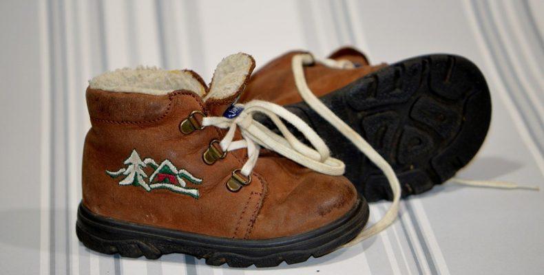 Как выбрать обувь для ребенка? 7 важных моментов